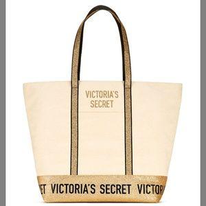 NWT Victoria's Secret Tote Zipper Bag